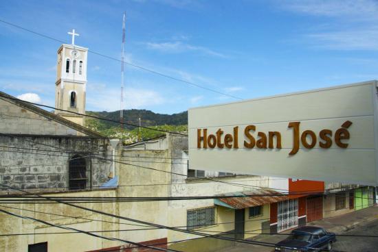 Hotel San Jose: View of Matagalpa from 2nd Floor Balcony