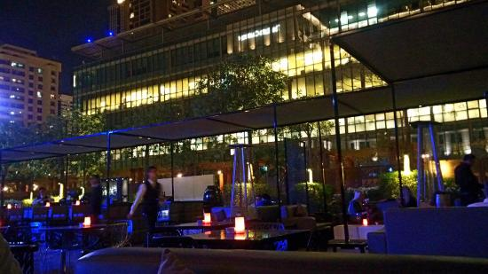 The No 5 Lounge & Bar