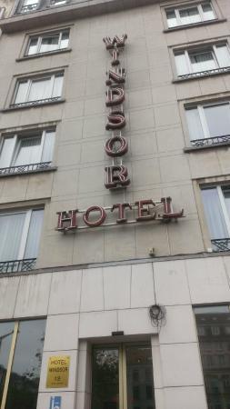 Hotel Windsor: Фасад отеля
