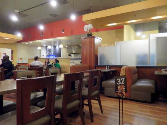 Cosi: View of the Dining Area