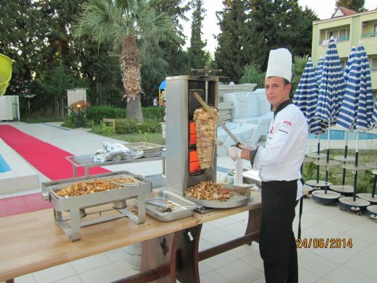 Luana Hotels Santa Maria: Турецкая ночь.