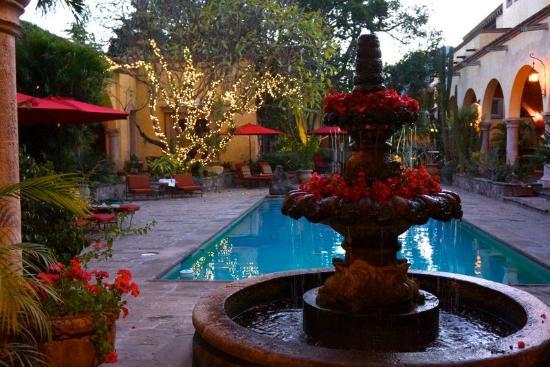 洛聖都莊園飯店張圖片
