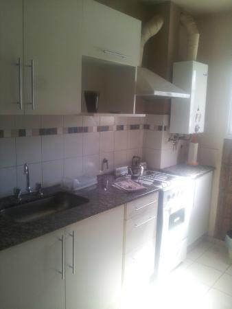 Kuntur Apart Hotel: Cocina Departamentos
