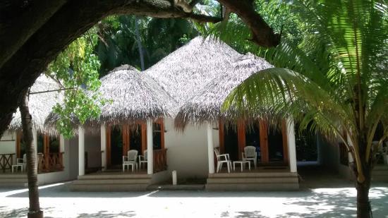 Fihalhohi Island Resort: бунгало