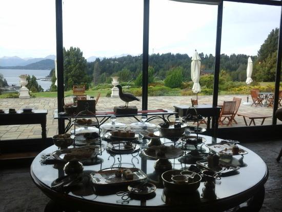 Winter Garden Llao Llao: Mesa de delicias