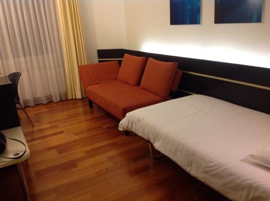 Hotel du Commerce : habitación individual