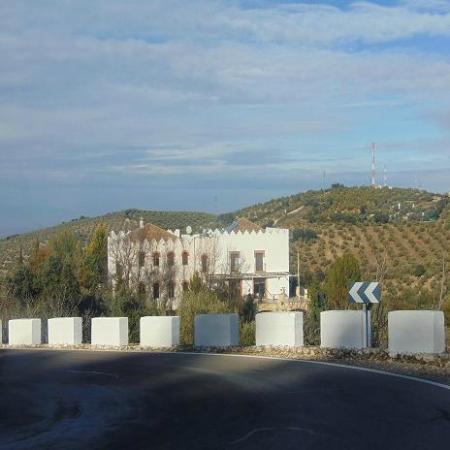 Sierra de Araceli: vista edificio