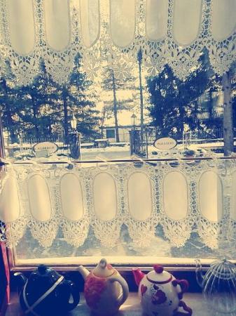 Albergo Paradiso: Paradiso, finestra sul viale