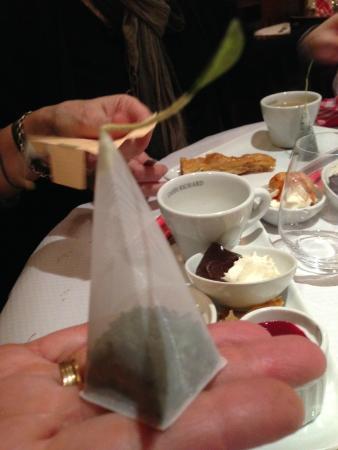 Au rendez-vous de la Marine : Original sachet de thé