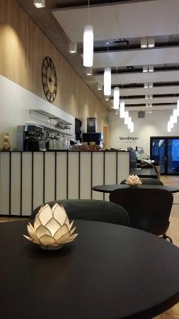 LY Cafe & bar