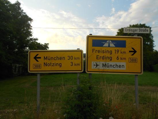 Gasthof Hotel Daimerwirt: Distance
