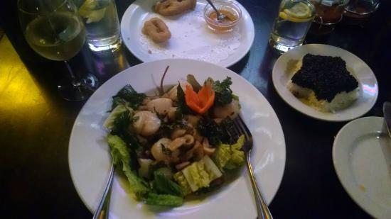 Sweet Basil Thai Cuisine Eugene: Our dinner, Sea Scallops with white and black rice