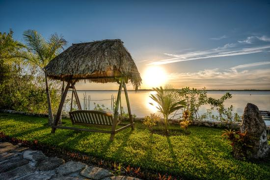 Foto de centro holistico akalki bacalar disfruta de el for Villas wayak bacalar