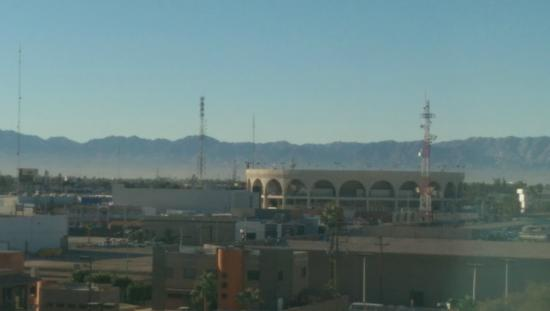 Real Inn Mexicali: View from our room