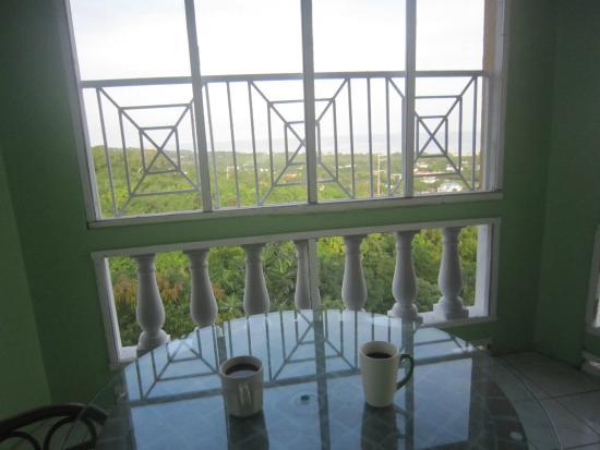 Emerald View Resort: balcony