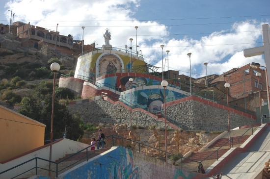 Sanctuary of El Socavon: Subida al Mirador al costado del Santuario de la Virgen del Socavon