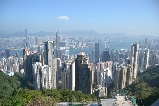 Chris Rowthorn Tours Hong Kong