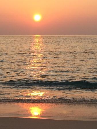Kata Noi Beach: Tramonto a Kata Noi