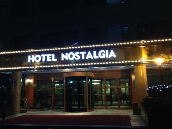 Hotel Nostalgia: 外観
