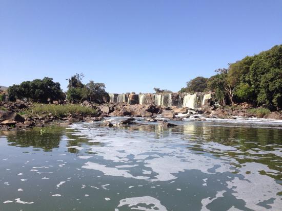 Thika, Kenya: Polluted water @14 fall