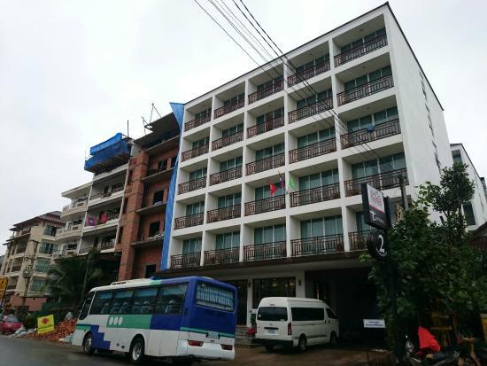 Sabaidee@Lao Hotel: 外観