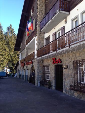 Des Alpes Restaurant