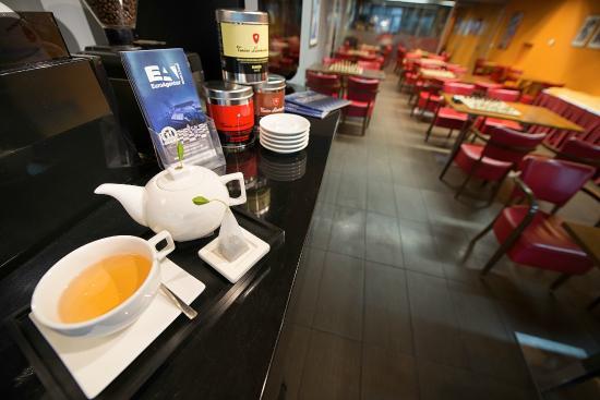 EA Hotel Julis : Chess café