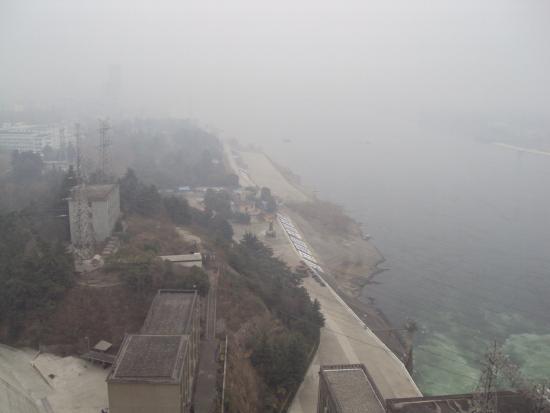 Danjiang Dam: Dan jiangkou in the mist