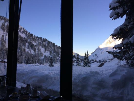 Alta Lodge: View while having breakfast