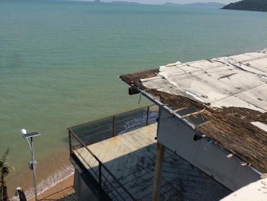 L' Hacienda: belle vue mer, identique à celle du site internet.........! lol