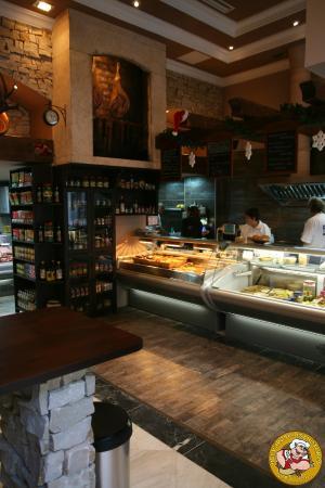 Photo of Fast Food Restaurant Belvárosi Disznótoros - Károlyi Mihály utca at Károlyi Mihály Utca 17., Budapest 1053, Hungary