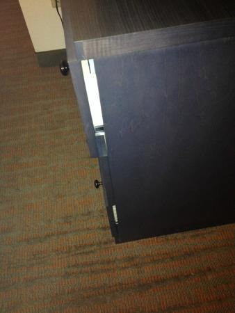 Residence Inn Bloomington By Mall Of America: New Cabinets Wonu0027t Even Shut  Correctly