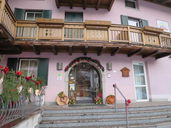 Hotel Dolomiti: 外観
