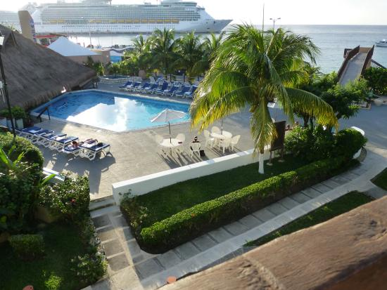 Casa del Mar Cozumel Hotel & Dive Resort: View from our ocean view room