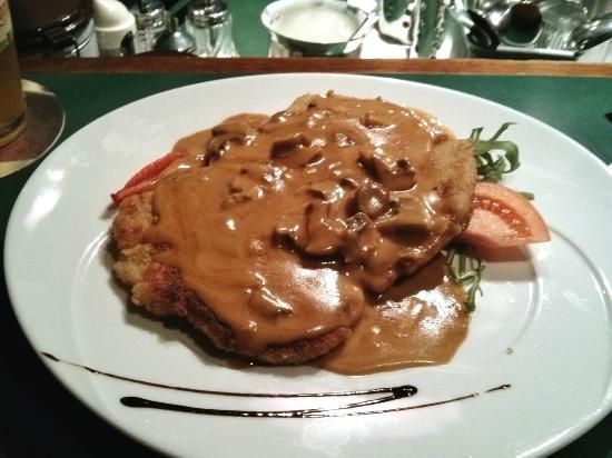 Schnitzel In Mushroom Sauce Picture Of Romer Pils Brunnen