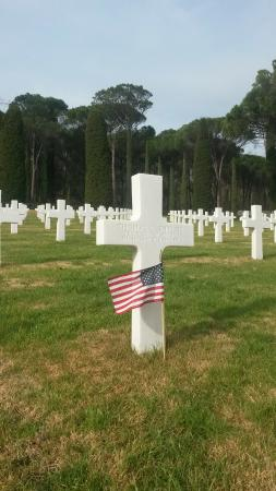 Florence American Cemetery: Una delle 4402 croci