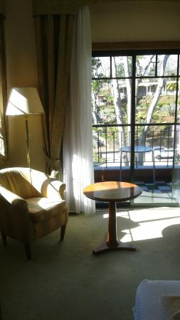 Quinta do Monte: le coin salon avec baie supplementaire