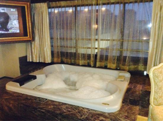 Imperial Spa Suite 1 King Non Smoking Jacuzzi