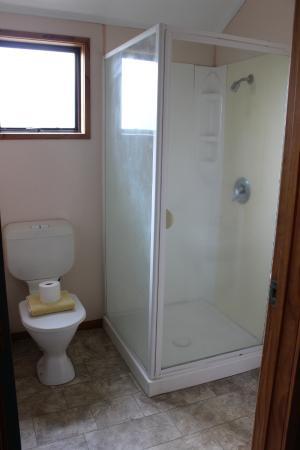 The Backyard Inn: Banheiro