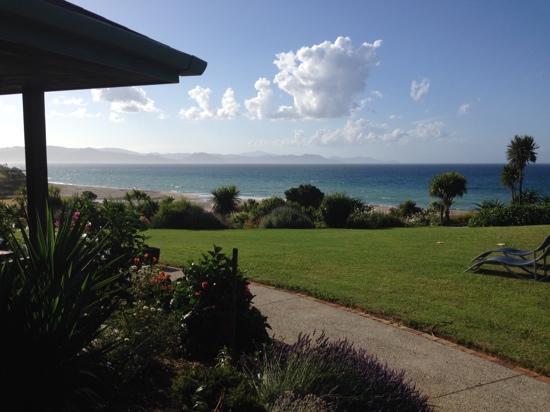 Kuaotunu Bay Lodge : view from our room!