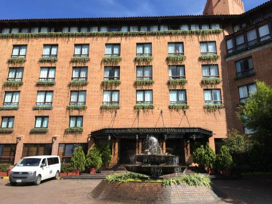 Hotel Estelar La Fontana: Hotel front