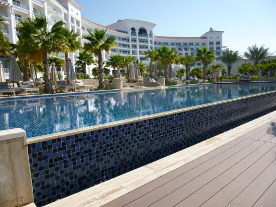 Adult Only Pool Picture Of Waldorf Astoria Dubai Palm Jumeirah