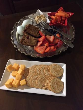 1906 Lodge, A Four Sisters Inn: Our midnight snack