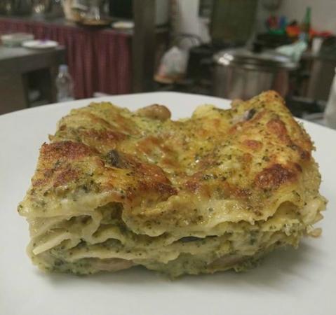 Osteria del Grano Arso: lasagna broccoletti e funghi