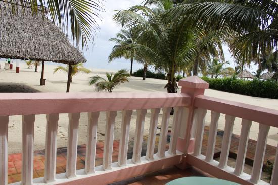 Miramar Apartments: Gorgeous view off the patio