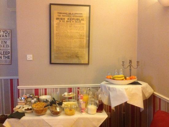 Creedon's Bed & Breakfast: succhi e dolci
