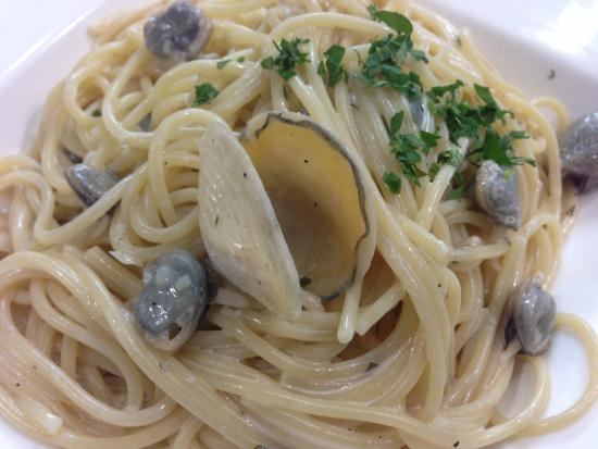 Mayday: Pasta With Clams in white wine sauce