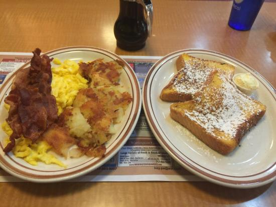 Baker's Restaurant: The French toast breakfast special.