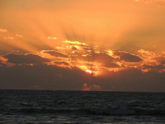The Diplomat Condominium Beach Resort: sunset from The Diplomat