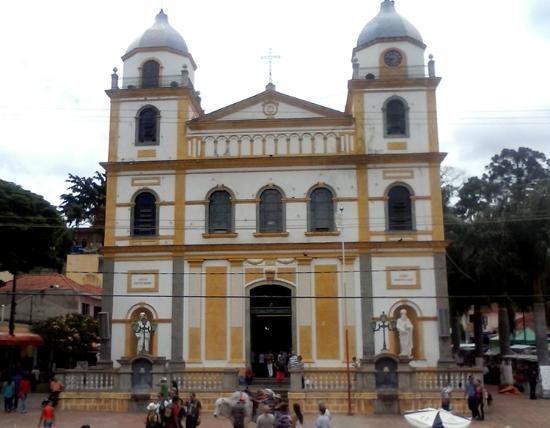 Pirapora do Bom Jesus: bela igreja